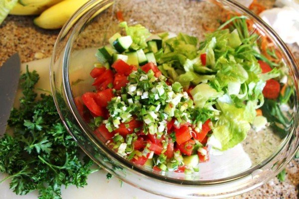 Top 10 Mediterranean Salad Recipes: Simple Mediterranean Shephard's Salad |The Mediterranean Dish