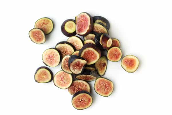 Figs cut into slices