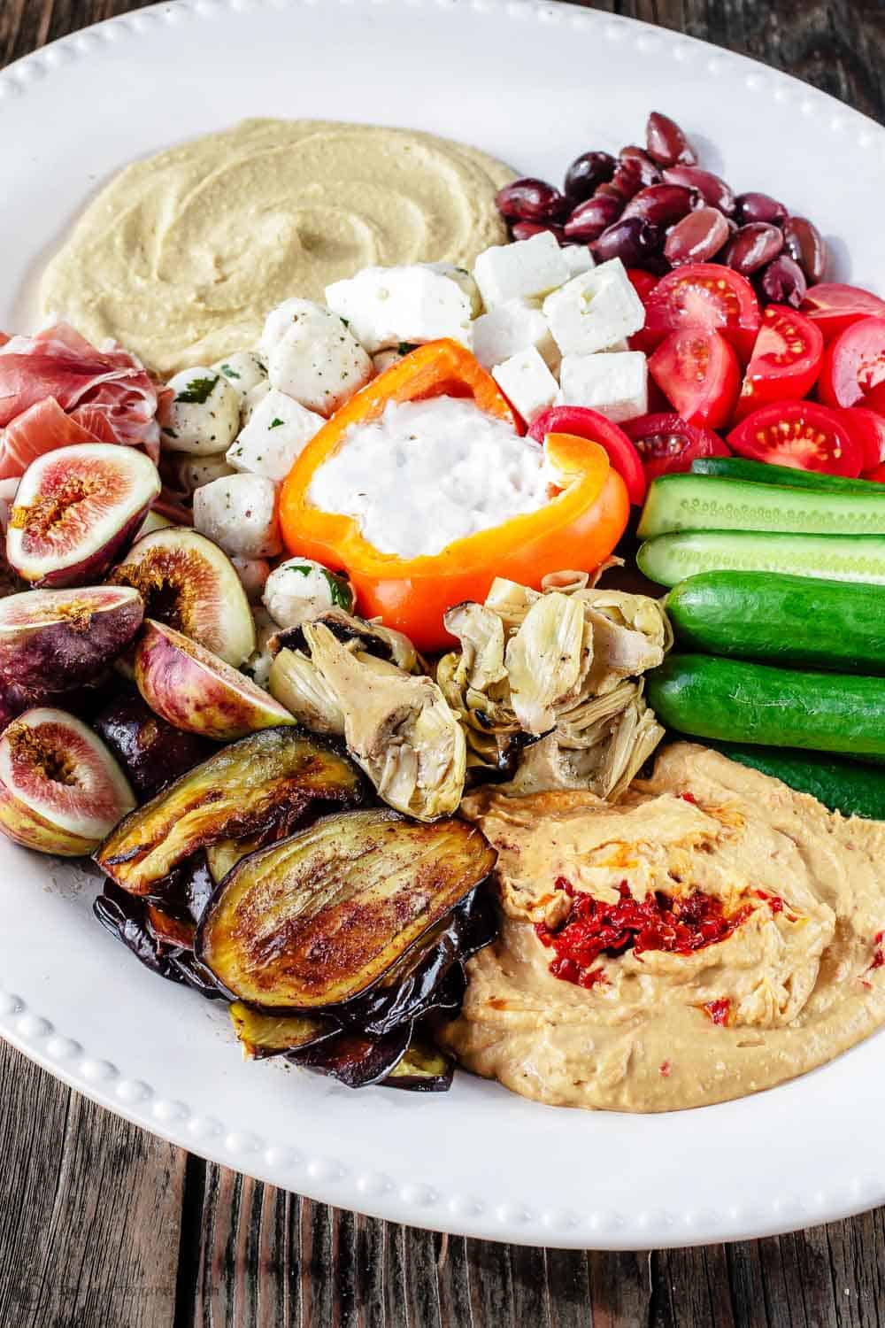 The Ultimate Mediterranean Mezze Platter How To Video The Mediterranean Dish