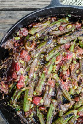 Mediterranean One-Skillet Okra and Tomatoes Recipe