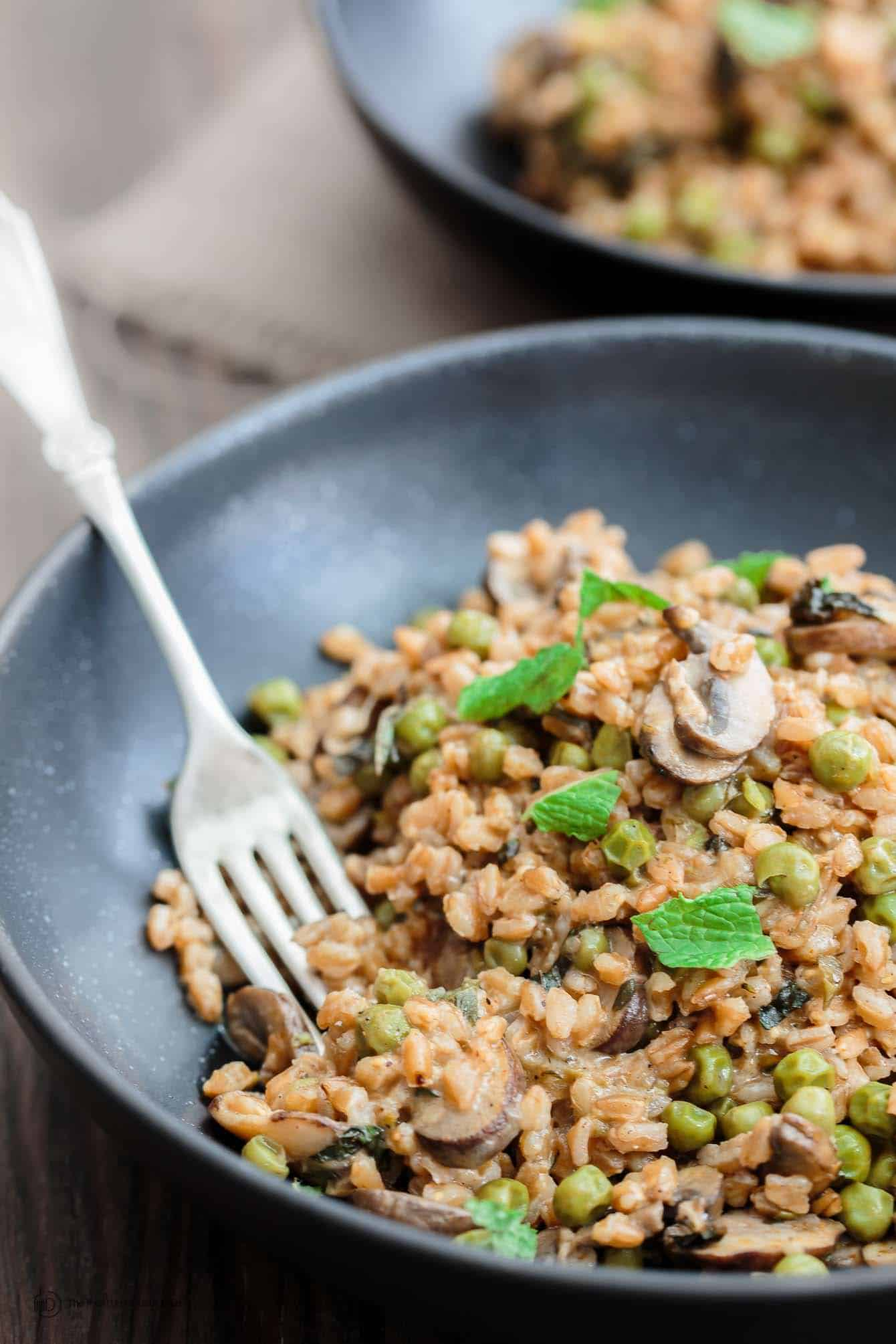 One-Pan Farro Recipe garnished with mint leaves