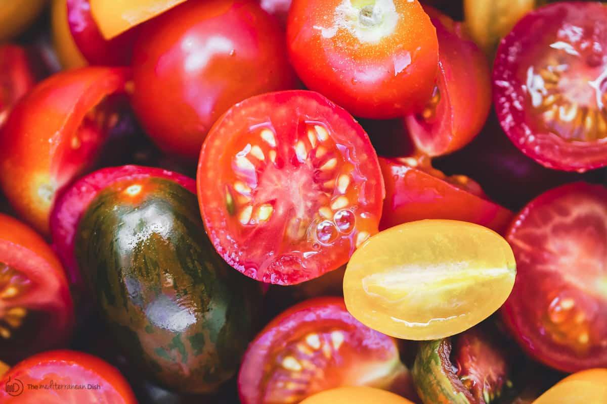 Grape tomatoes, halved