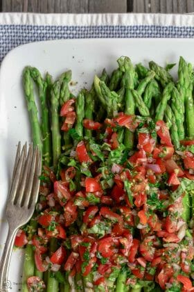 Easy Asparagus Recipe with Mediterranean Salsa