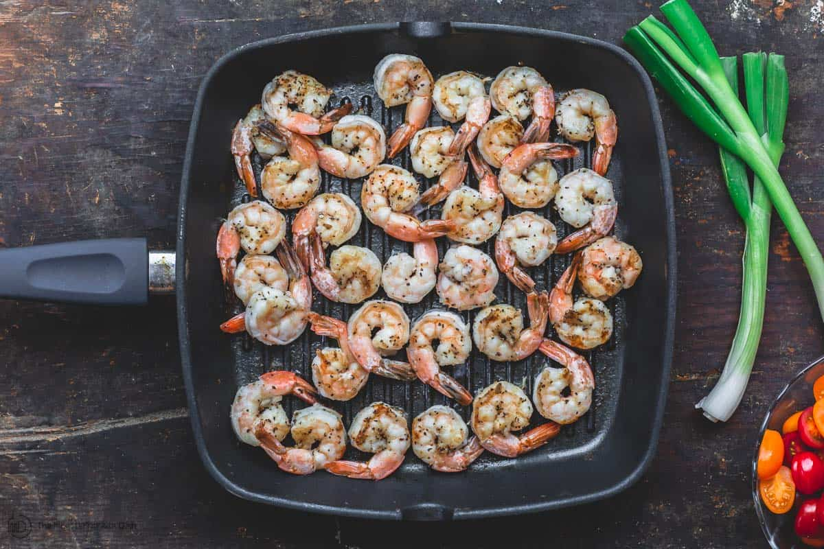 Cooked shrimp in skillet