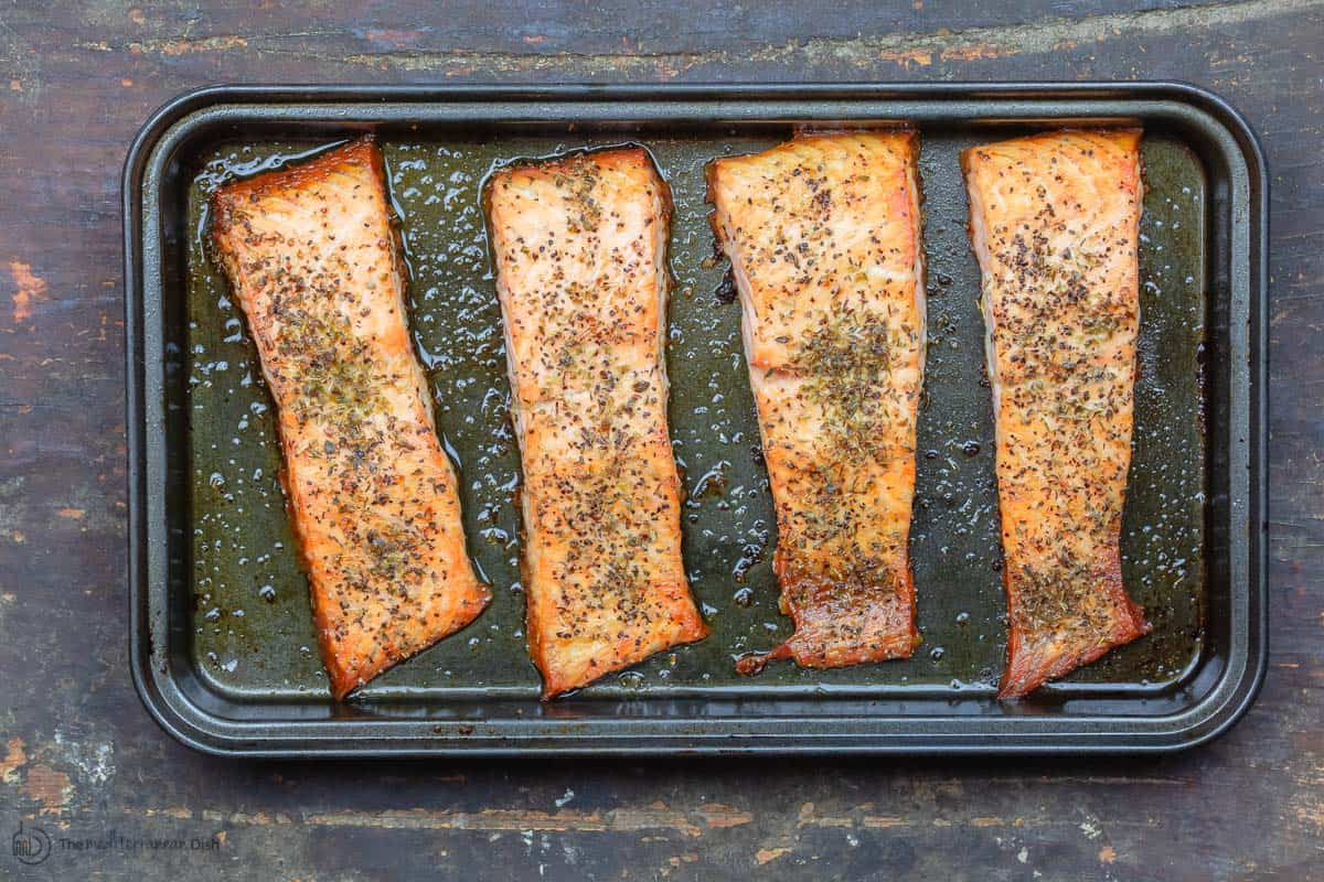 Salmon fillets baked in a baking pan