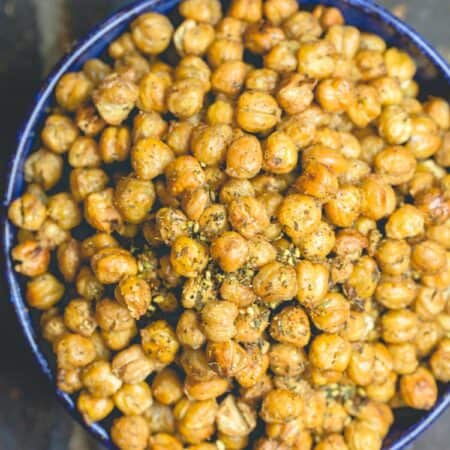Crunchy Roasted Chickpeas in a Bowl