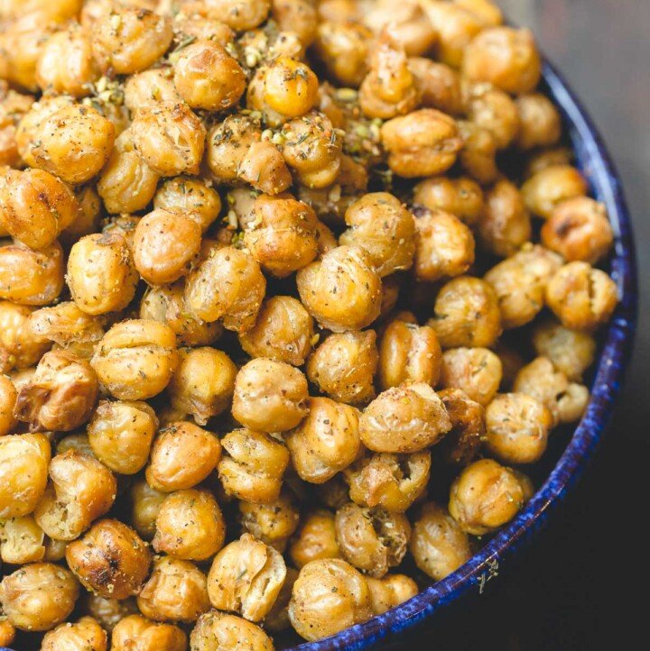 Crunchy roasted chickpeas seasoned with za'atar and harissa