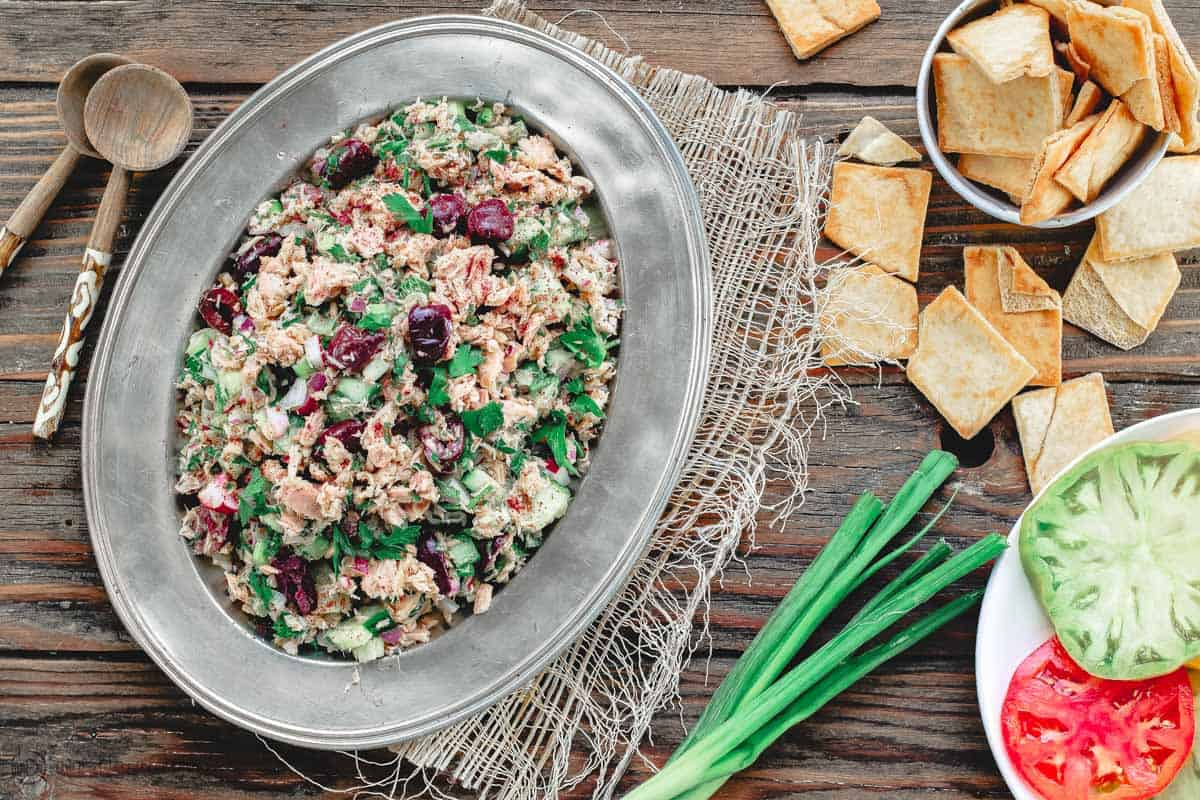 Mediterranean tuna salad with pita chips and tomatoes