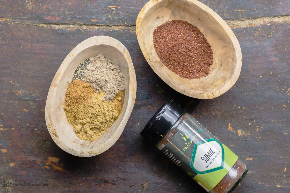 Spice mixture and sumac