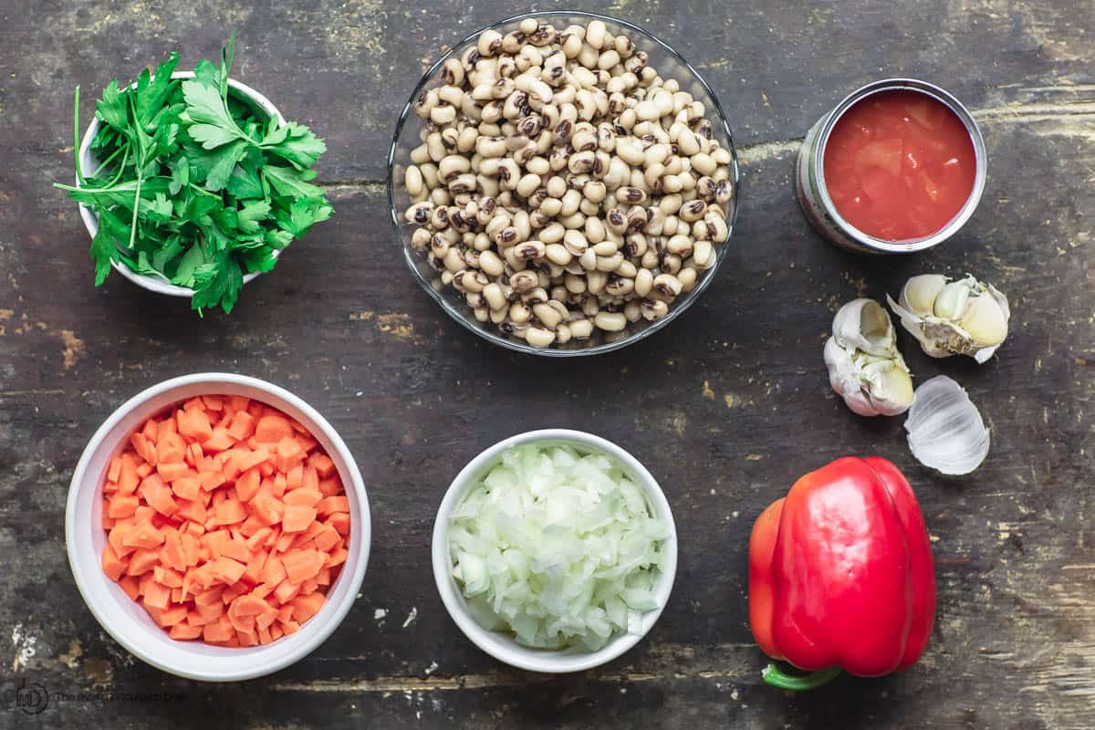 Ingredients for black eyed peas recipe