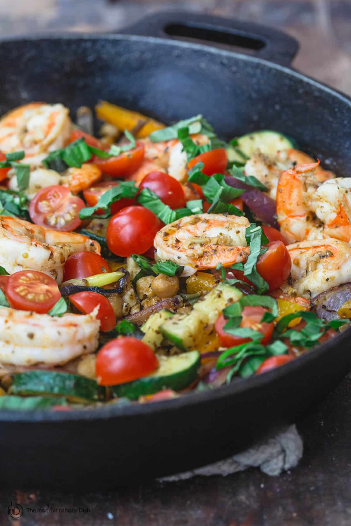 Sauteed shrimp and zucchini
