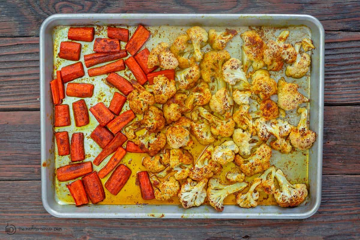 Cauliflower and carrots roasted in sheet pan