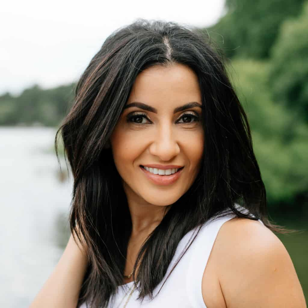 A picture of Suzy Karadsheh from The Mediterranean Dish