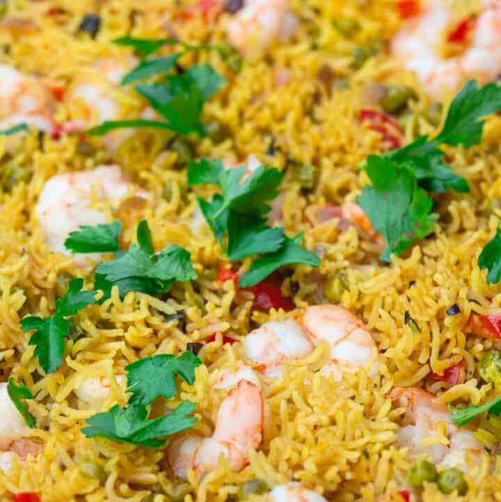 Mediterranean-style shrimp fried rice