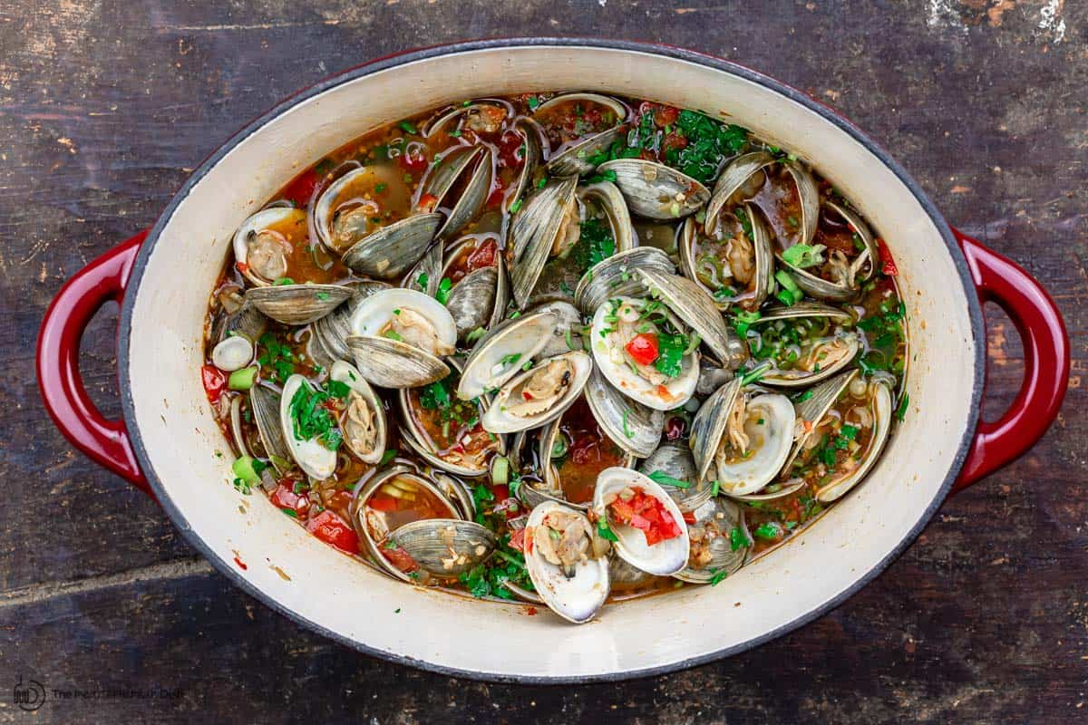 Clams cooked in broth