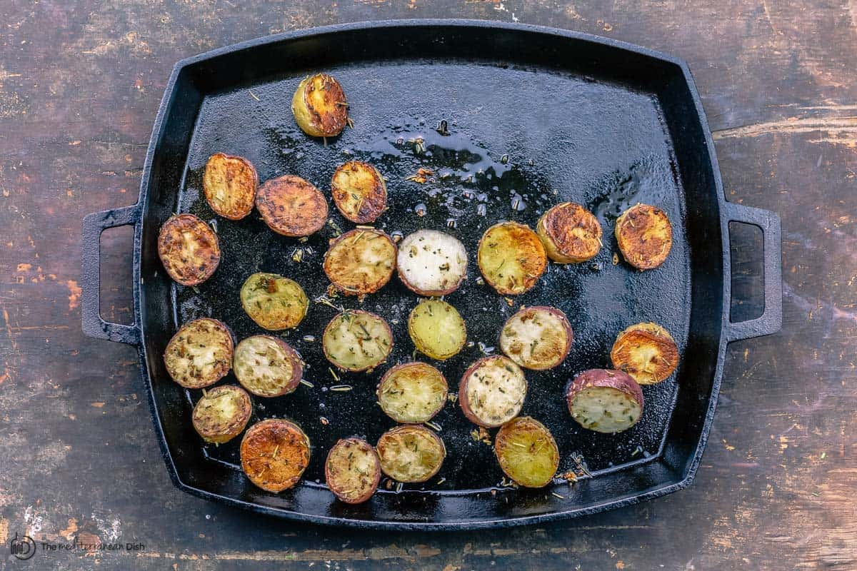 Roasted potatoes in pan