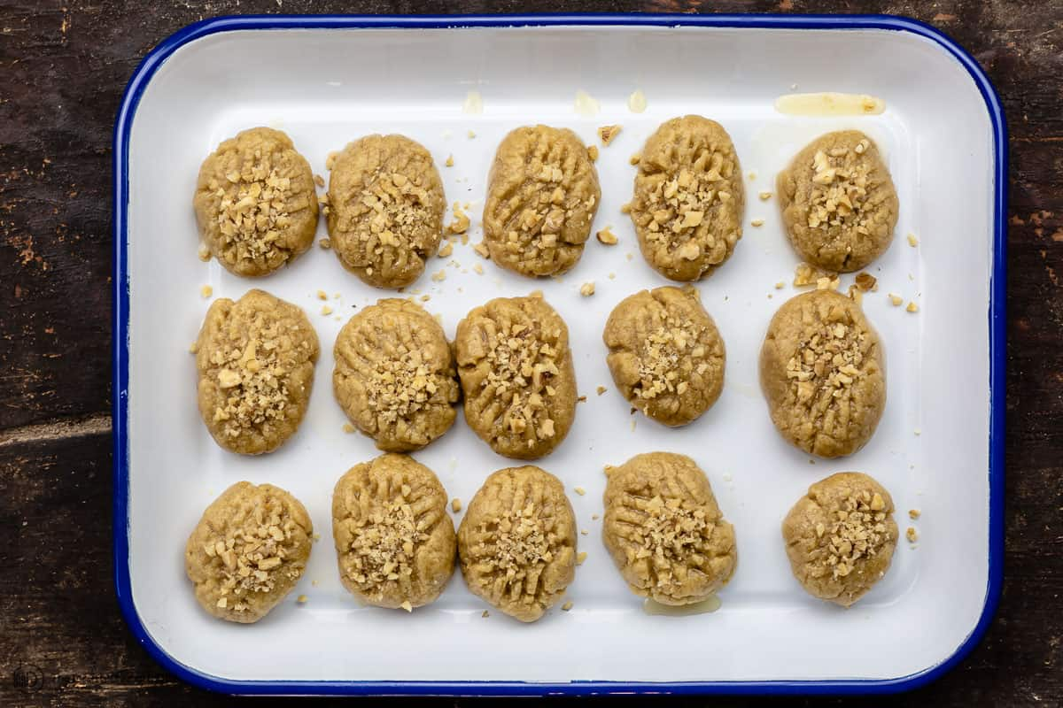 Walnuts added to the cookies