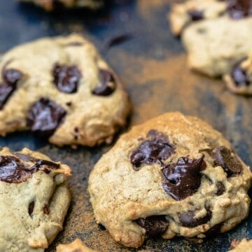 Tahini chocolate chip cookies dusted with cinnamon
