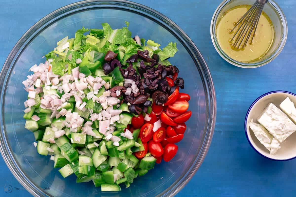 Ingredients for Greek chicken salad recipe