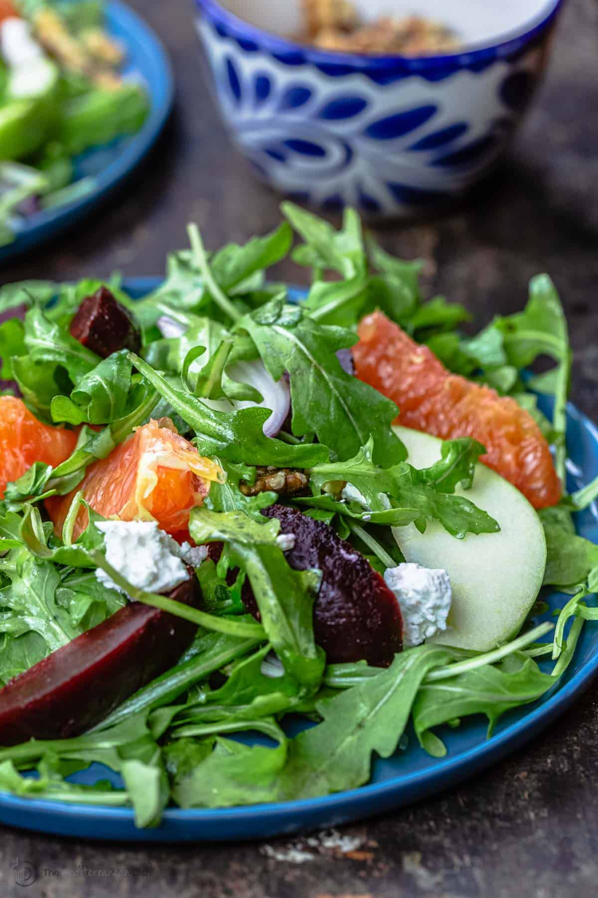 Beet salad with oranges and arugula