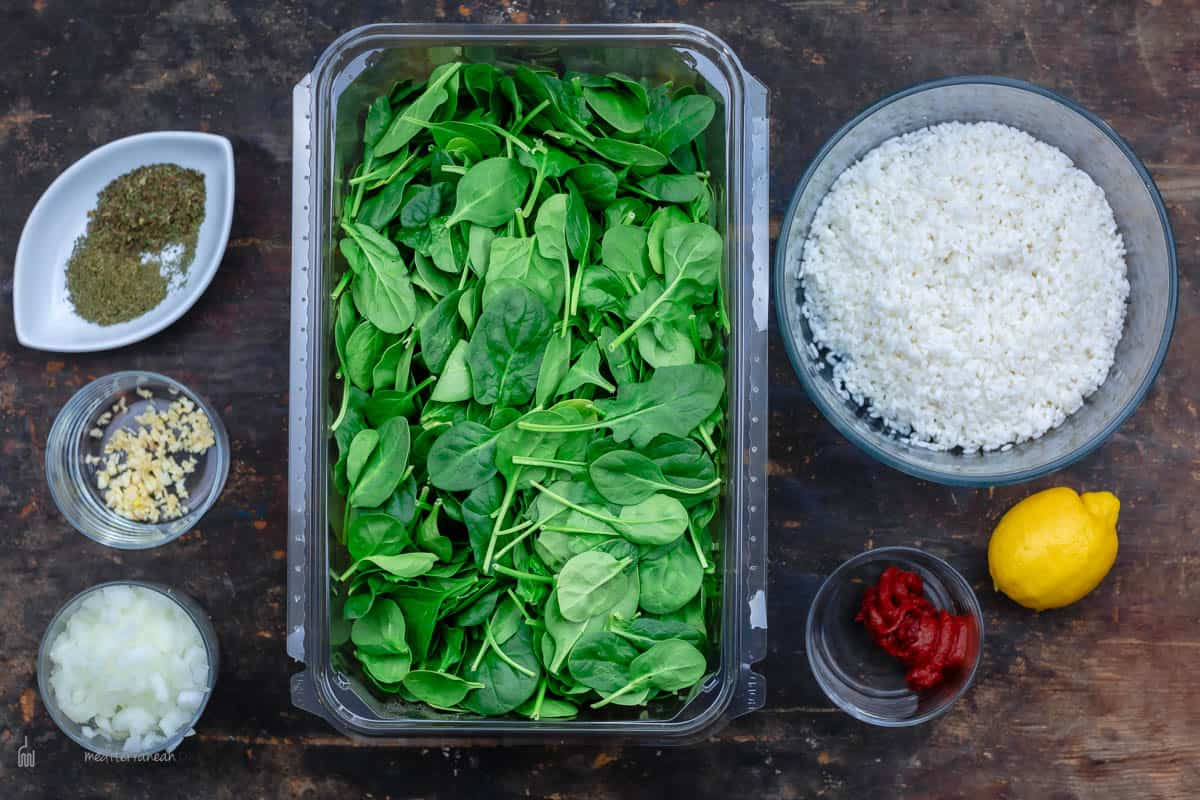 The ingredients to make Greek Spinach Rice
