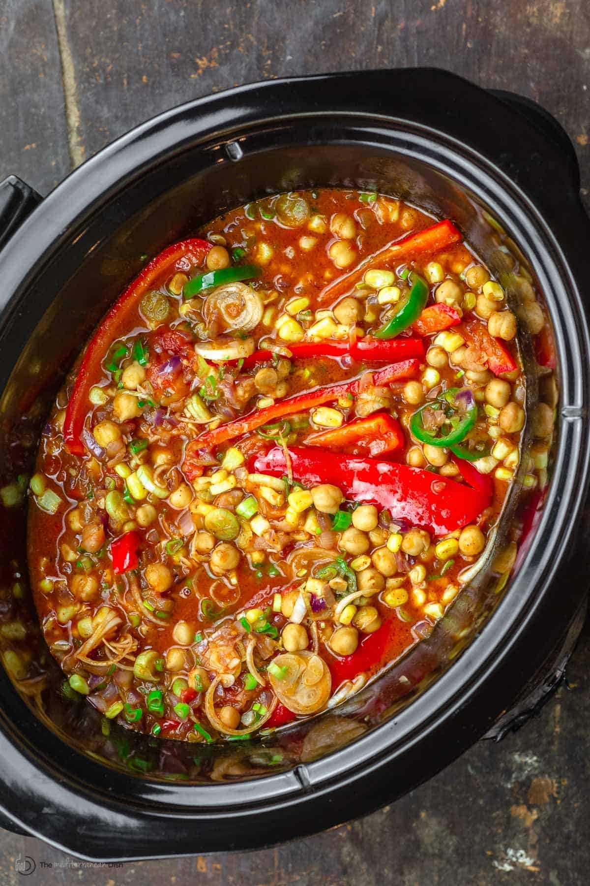 Chickpea chili in a slow cooker