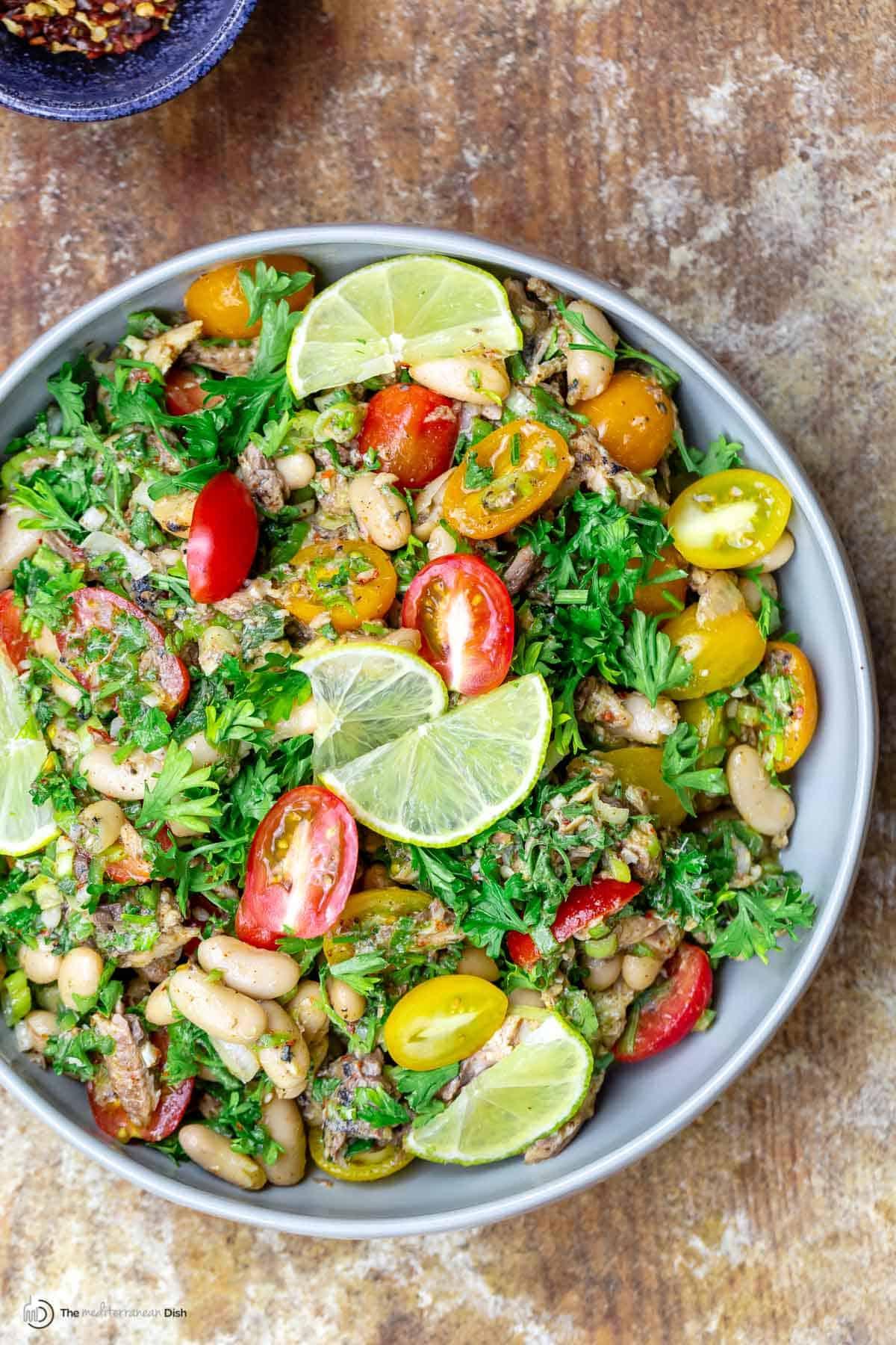Easy mediterranean sardine salad with white beans