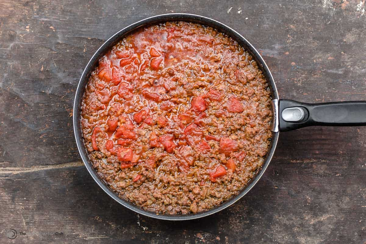 moussaka meat sauce